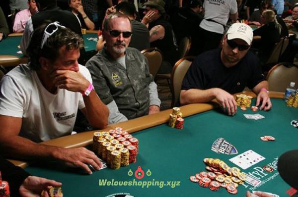 Dapatkan Banyak Bonus Tambahan Di Agen Poker Terpercaya